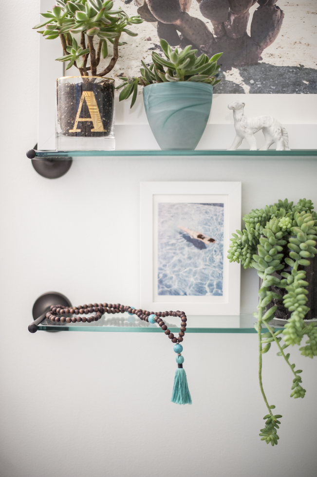 Bathroom Shelves With Plants