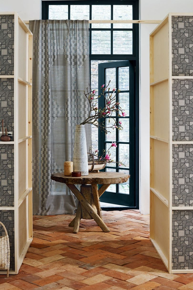 Modern Japanese Entry With Terracotta Tile