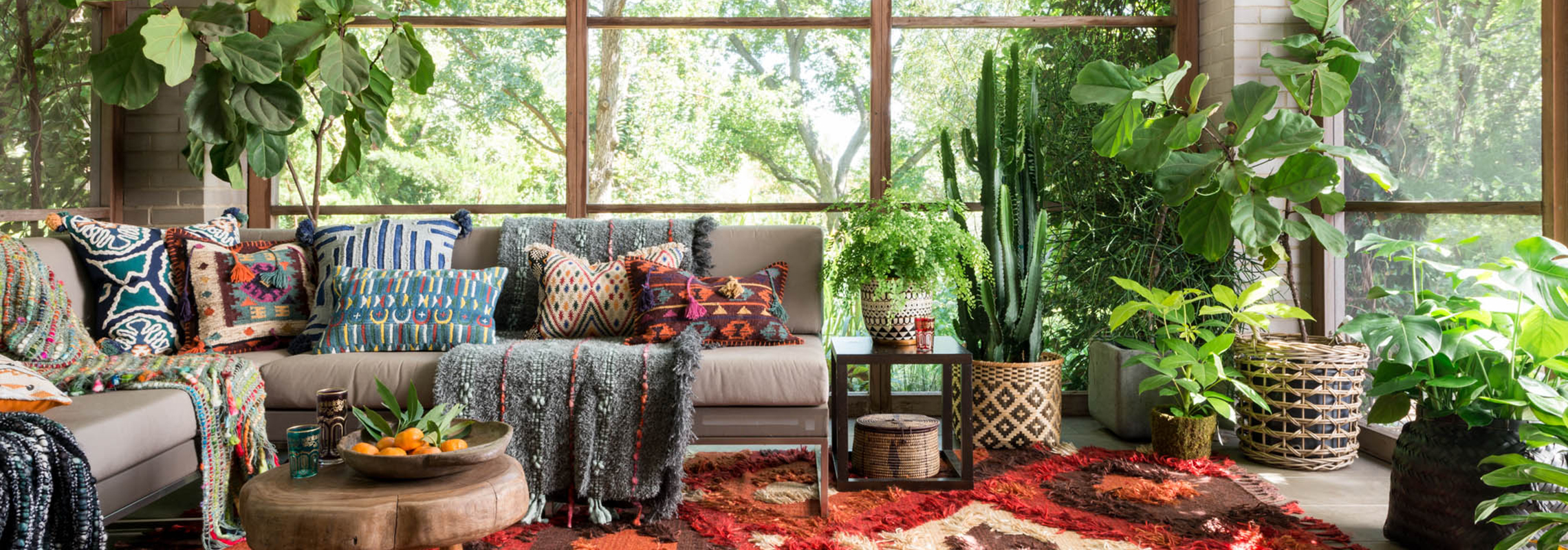You re currently accepting projects. Celebrity Interior Designer Justina Blakeney   Decorist